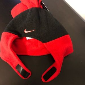 Nike Accessories - Nike Baby Fleece  Hat and Mittens 2 Piece Set